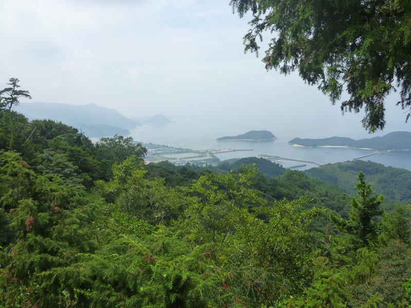 山から見る仁尾町